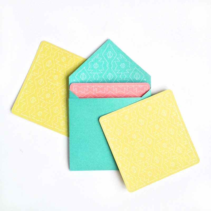 DIY Patterned Stationery - Maritza Lisa: DIY Stationery using a geometric pattern and Silhouette's Sketch pen . Click through for the tutorial.