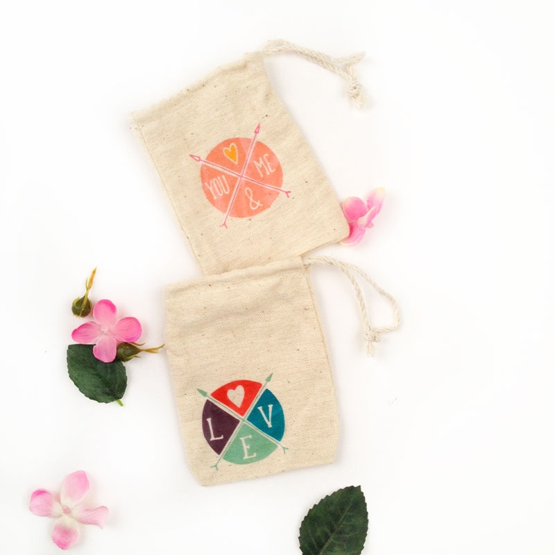 Create your own Valentine's gift bags with temporary tattoos - Maritza Lisa