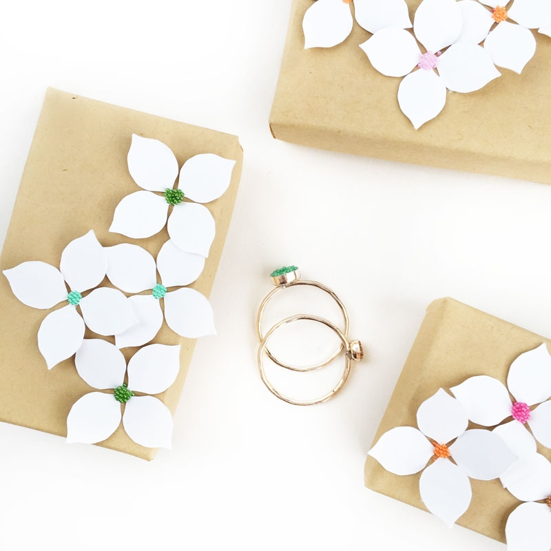 DIY Paper Flower Gift Boxes - Maritza Lisa: These DIY Paper Flower Gift Boxes were inspired by nature. Let me show you how you can make your own...
