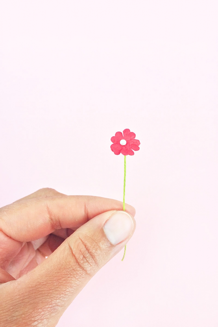 If you make your own paper flowers, this DIY Paper Flower Stamens tutorial is perfect for you. You won't believe how easy it is!