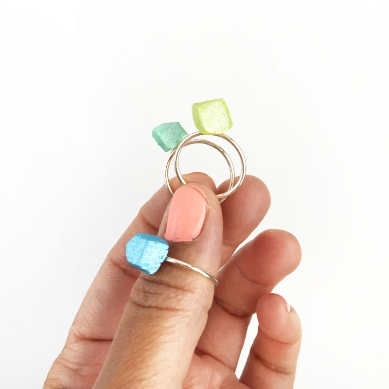 DIY Jewelry - Geo Stackable Rings - Maritza Lisa: Looking for an easy DIY Jewelry project? These Geo Stackable Rings made with air dry clay will be perfect for you - click through for the tutorial