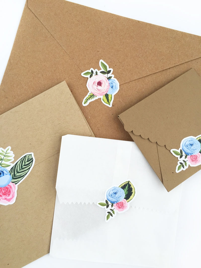 Create Your Own Floral Stickers - Maritza Lisa: Create your own floral stickers using the print and cut feature of your Silhouette cutting tool. Click through for the tutorial | DIY Stationery | DIY Floral Seals