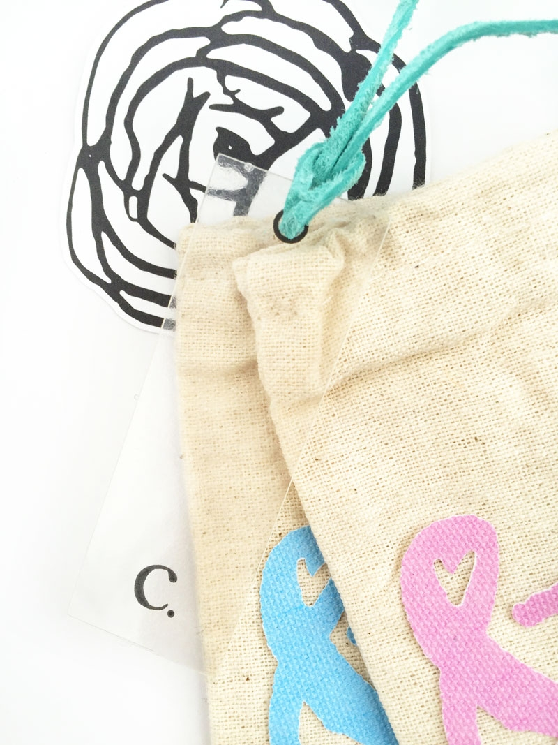 DIY Minimal Monogrammed Tags - Maritza Lisa: Create these Minimal Transparent Monogrammed Tags for your simple, personalized gifts and packages using clear sticker paper and your favorite font. Click through for the tutorial.