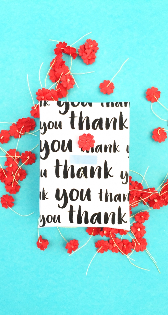 DIY Thank You Wrap - Maritza Lisa: An easy DIY for you to personalize your own wrapping paper. Click through for the details and tutorial...