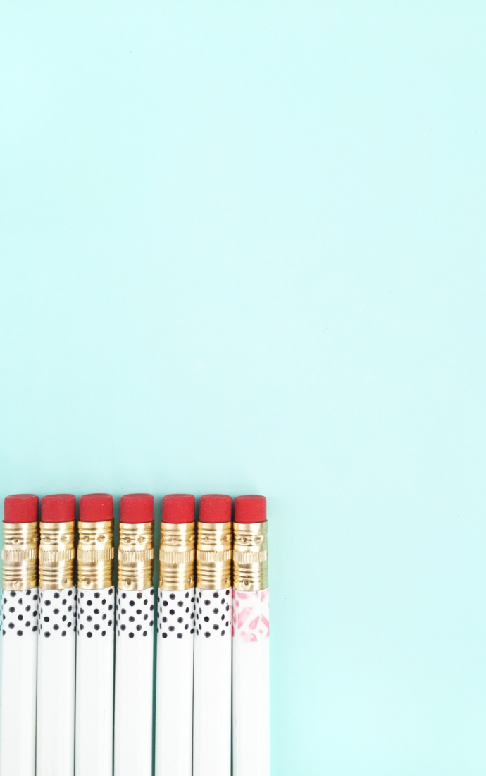 DIY Pattern Dipped Pencils - Maritza Lisa: Dip your favorite pencils into these free patterns - click through for this DIY + Crafts tutorial