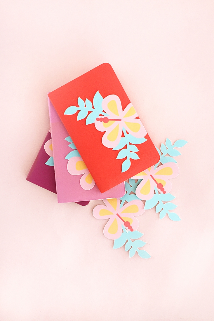 Mini DIY Hibiscus Journals - Decorate your planners, journals and notebooks with these pretty tropical hibiscus flowers. Click through for the tutorial!