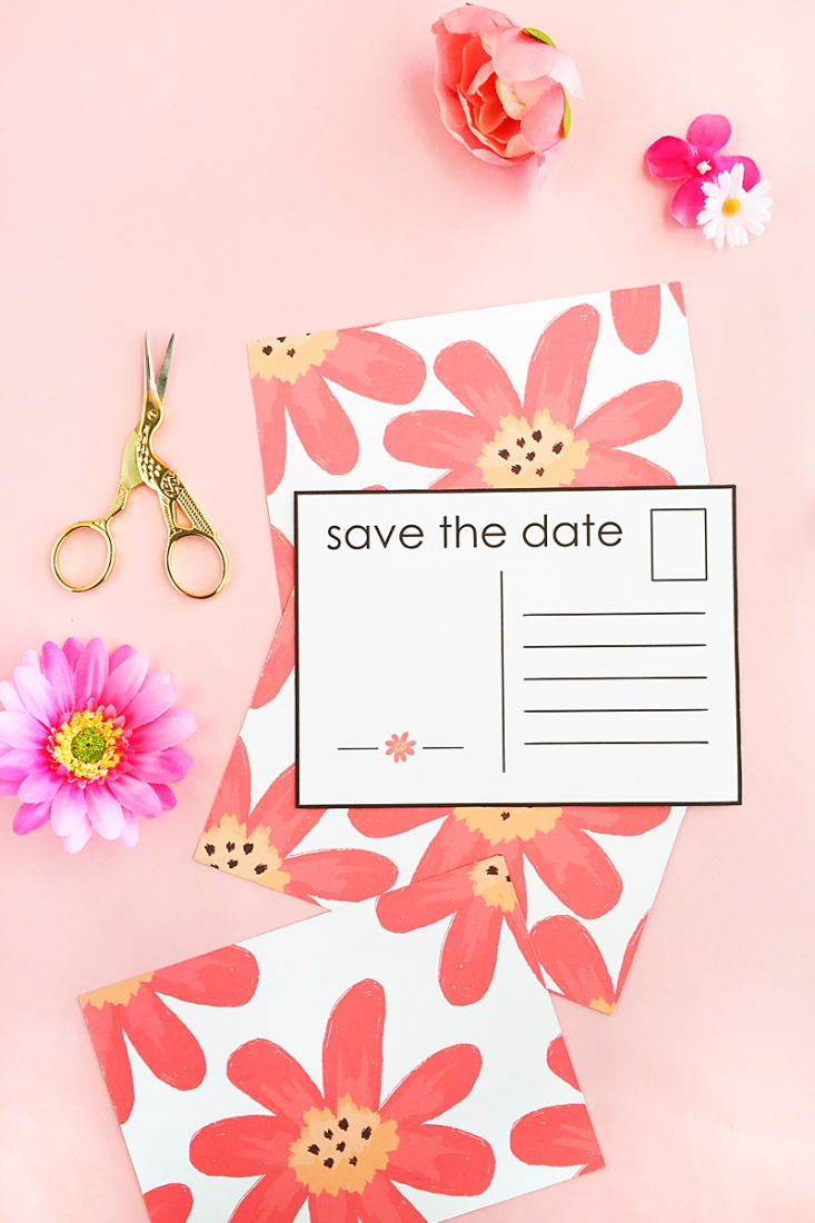 DIY Floral Save The Date Postcards - Planning a wedding? Make your own Save The Date notices with this tutorial on Maritza Lisa. Click through for details!
