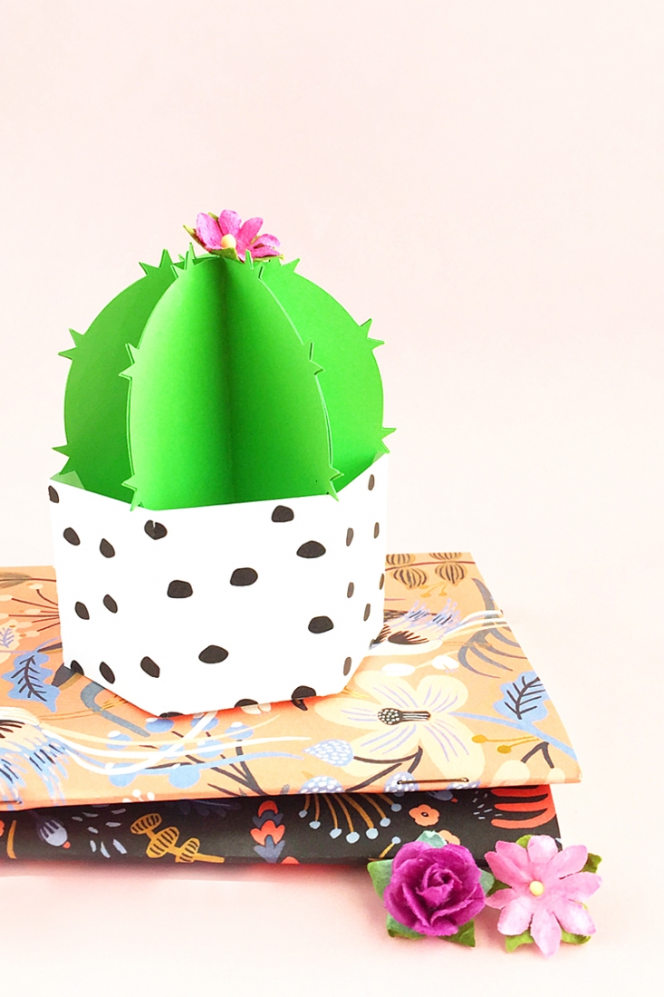 DIY Potted Paper Cactus - Maritza Lisa: Got a green thumb or know someone who does? Click through to make these cute little low-maintenance desk accessories - Silhouette Cameo Project - Silhouette Design Store - Crafts - Paper Crafts - Paper Plants