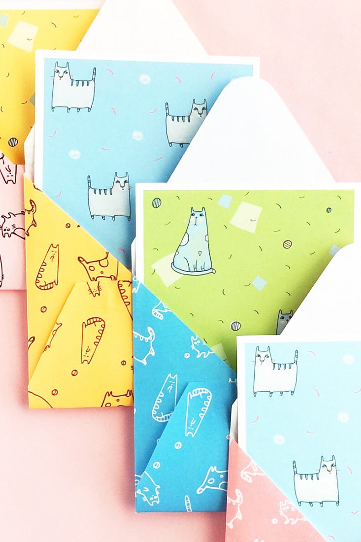 DIY Cat Patterned Stationery on Maritza Lisa - Love cats? Use these cat patterns to make your own stationery. Click through and I will show you how - DIY & Crafts