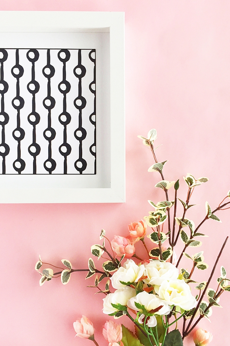 DIY Patterned Wall Art - Maritza Lisa: Craft your own modern wall art with these black and white geometric patterns. Click through for the tutorial!