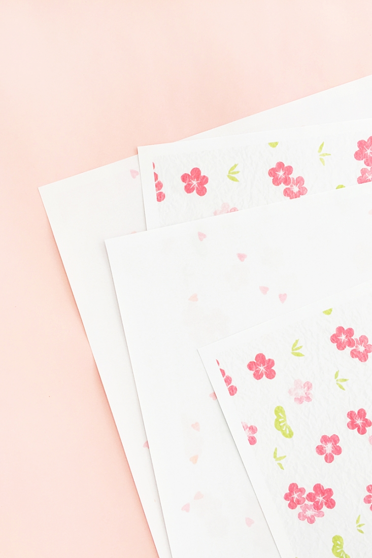 DIY Asymmetric Mini Envelopes - Maritza Lisa - Design your own envelope with Silhouette Studio! Click through for this DIY and Crafts tutorial!