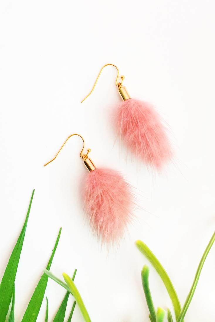 Easy DIY Earrings With Fur Tassels